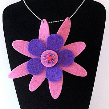 Samantha Funky Felt Flowers Necklace by FunkyFeltFlowers on Etsy