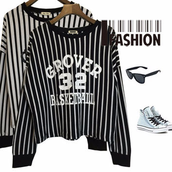 Graphic Print Vertical Striped Cropped Sweatshirt