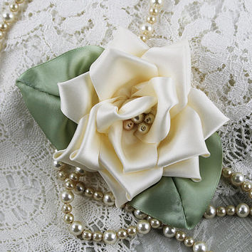 Soft Ivory Victorian Ribbon Rose Floral Pin, Hat Ornament, Millinery, Ribbon Flower, Vintage Rose, Hat Flower