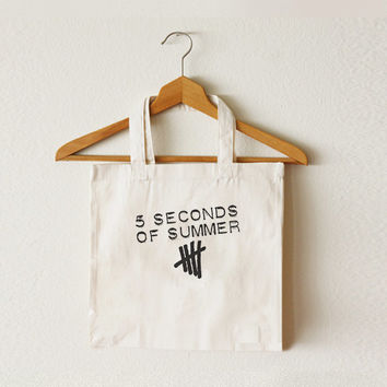 5SOS - 5 Seconds of Summer - Women bag - Tote bag - Canvas bag - Shopping bag - Ipad bag - Macbook bag -CCT-TTB-036