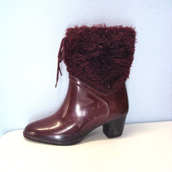 60s BOOTS rubber rain snow fur topped boots retro mod size 6 dark red maroon