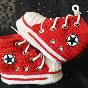 Baby Red Converse, Baby Shower Gift, Red Crochet Booties, Baby Converse Booties, Converse style Baby Booties, Newborn Baby Shoes Crochet