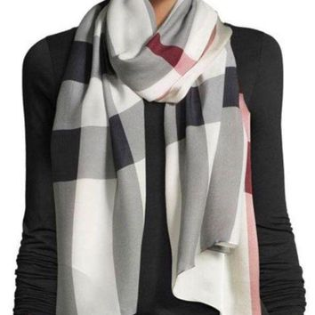 DCCKHI2 Burberry Silk Scarf Cream Burgundy NWT