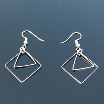 ES2016 Triangle Geometric Drop Earrings Women Dangle Earring Fashion Brincos Simple Metal Ear Fine Jewelry One Direction