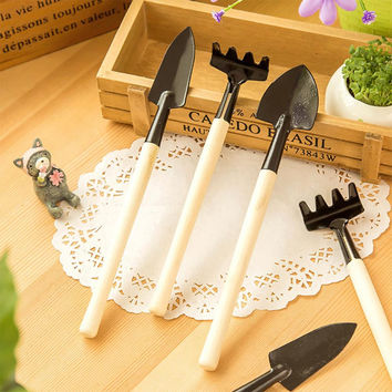 3Pcs Mini Garden Hand Tool Kit Plant Gardening Shovel Spade Rake Trowel Wood Handle Metal Head Gardener Free Shipping
