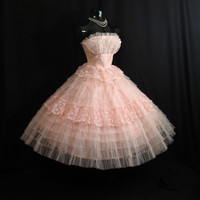 Vintage 1950's 50s Bombshell STRAPLESS Pink Tiered Layered Tulle Lace Circle Skirt Party Prom Wedding DRESS Gown Formal