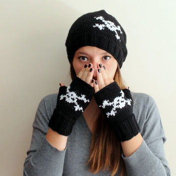 Halloween Hat! Skull Knit Hat in black and white.  Slouchy Beanie. Fall Winter Fashion Women Teens Accessories
