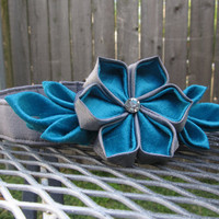 Dog Collar and Flower - READY TO SHIP Grey/Silver and Blue Kanzashi - Blue wedding, Silver wedding, kanzashi, Blue dog collar