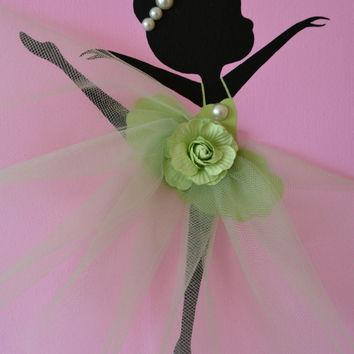 Dancing Ballerinas Wall Art. Set of three dancing ballerinas in pink and green.