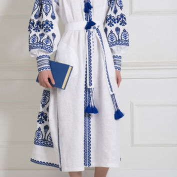 20% OFF Folk Bohemian Linen Folk Embroidery midi embroidered Dress Boho Vyshyvanka by Vita Kin Style. XS-XL. Model Fashion street style