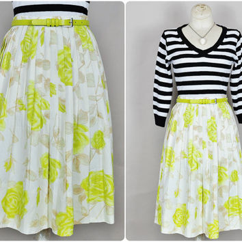 ivory & chartreuse rose floral print pleated pinup midi skirt 1950s vintage midcentury