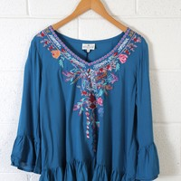 Long Sleeve Embroidered, Teal