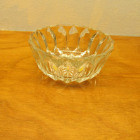 VINTAGE MADE IN ENGLAND CRYSTAL CANDY DISH