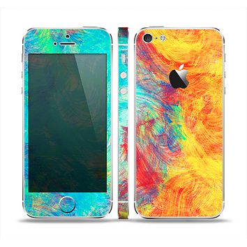 The Vibrant Colored Messy Painted Canvas Skin Set for the Apple iPhone 5