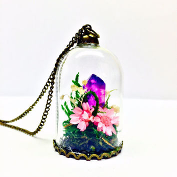 Terrarium Necklace, Crystal Terrarium, Flower Garden Pendant, Preserved Moss, Small Pink Dried Flowers, Clear Purple Quartz Crystal Point