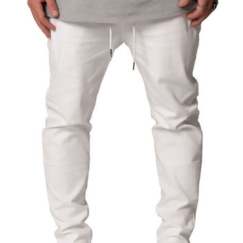 The Exposed Side Pocket Tapered Pant in White