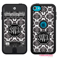 100% Genuine Monogram Personalized OTTERBOX DEFENDER for iTouch 5 Ipod 5th Black White Damask Classic Device Case