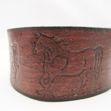 Horse  Bracelet Mahogany Leather Bracelet Leather Cuff Real Leather Hand Tooled Snap  Leather Jewelry Horse Jewelry Music Horse Lovers Gift