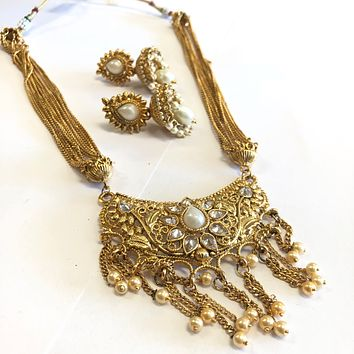 Indian Traditional Style Gold Polished Necklace