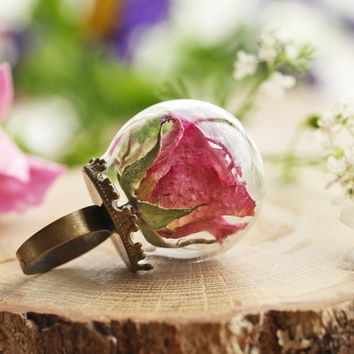 Real rose ring , pink rosebud , romantic gift , nature jewellery , real flower ring , pale pink rose , terrarium jewellery , glass ring