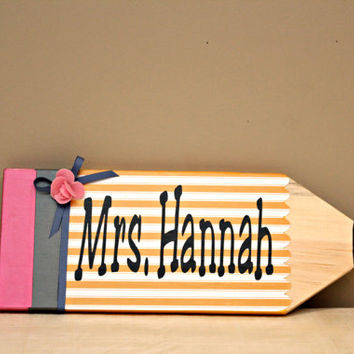 Pencil door hanger personalized with teacher's name/choice of colours