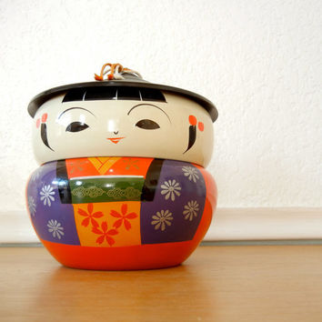 1940's Japanese Kokeshi Doll Lacquer Bowl Set by nellsvintagehouse