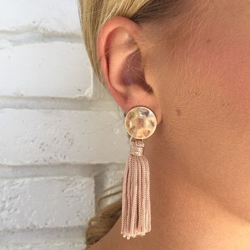Sing It Fringe Earrings in Beige