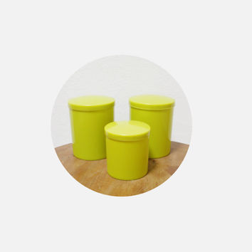 Vintage kitchen plastic jars / set of 3 italian canisters / retro kitsch plastic container / serving jar / avocado green