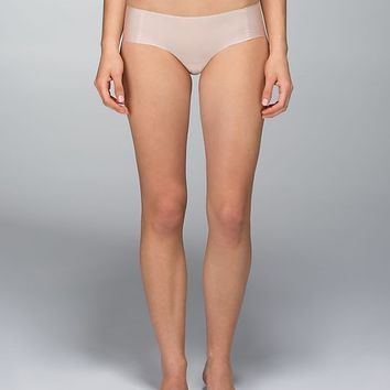 light as air hipster | women's underwear | lululemon athletica