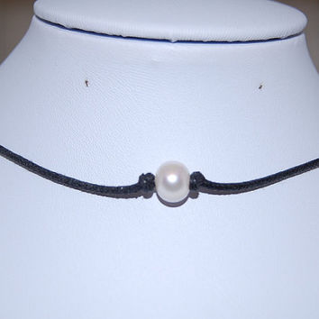 Genuine Pearl Necklace,Freshwater Pearl Leather Chocker Necklace, Choker Necklace, Girl, Woman, Leather Cord Necklace,Lobster Lock End Cord