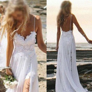 2017 Cheap IN Stock Spaghetti Straps Beach Boho Wedding Dresses Bohemian Lace Bodice High Low Backless High Split Bridal Dresses