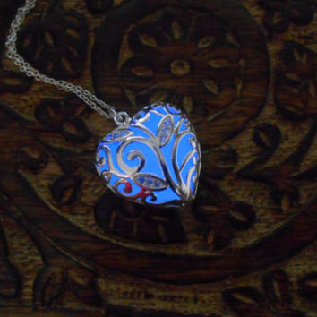 Blue Glowing Necklace - Glow in the Dark Necklace - Glowing Jewelry - Gift for her - Glowing Pendant - Glowing heart - Silver Necklace