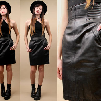 80s 90s Vtg Black Genuine Soft LEATHER Mini Skirt / High Waist RiBBED Contour Stitch Detail / Avant Garde Modern Minimalist / Xs - Sm