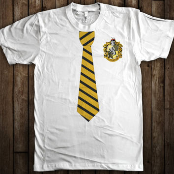Hufflepuff Harry Potter Tie and Crest T-Shirt Hogwarts Quidditch