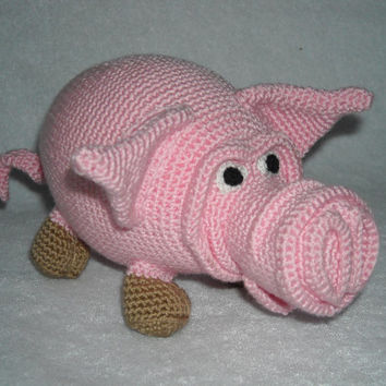 Charming pig pepe.Amigurumi crochet, pig Crochet, Stuffed Doll, Toy.
