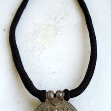 vintage antique tribal old silver pendant necklace rajasthan india