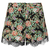 LACE FLORAL RUNNER SHORTS