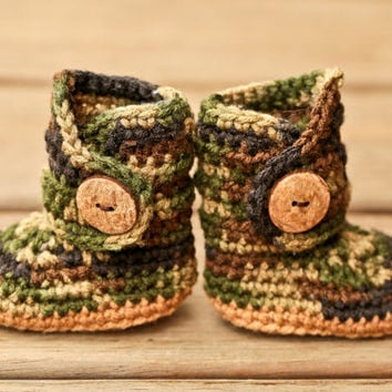 Crochet Baby Hunting Hat Pattern : Crochet Baby Booties - Heart Baby Booties from Simply Crafting