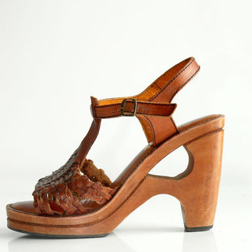 Vintage wood clog platform sandal wedges woven leather T strap 7,5