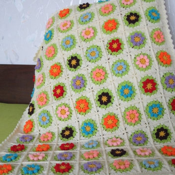 ON SALE - 10% OFF Granny Square Crochet Blanket...Baby Crochet Blanket...Colorful Flowers Afghan...Lap blanket