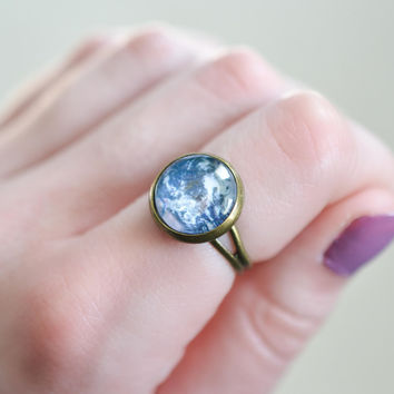 Planet Earth Ring