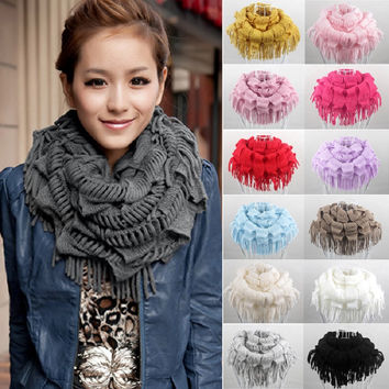 Winter Scarf 2016 Hot Fashion New Women Solid Warm Knit Fringe Tassel Neck Wrap Circle Snood Scarf Shawl Autumn Luxury Brand