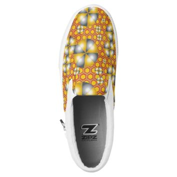 Circles Pattern on a Honeycomb Background Slip-On Sneakers
