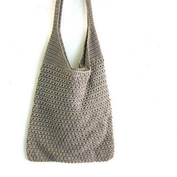 Vintage woven bucket bag. boho bag / crochet knit handbag