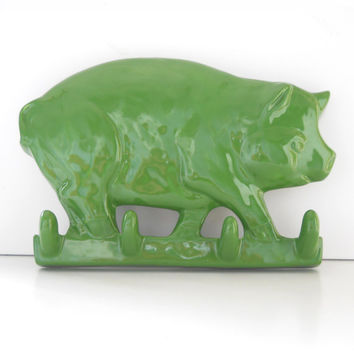 Ceramic Pig Key Rack in Grass Green Wall Hanging Great Gift For Pig Lover Shiney Garden Decor Hang Garden Tools