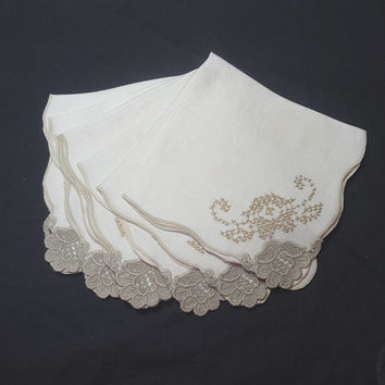 Set of 7 Vintage 1970s Ivory Linen Dinner Napkins with Taupe Lace Trim & Hand Cross Stitch Embroidery, 14.5 x 15 Inches, Vintage Linens