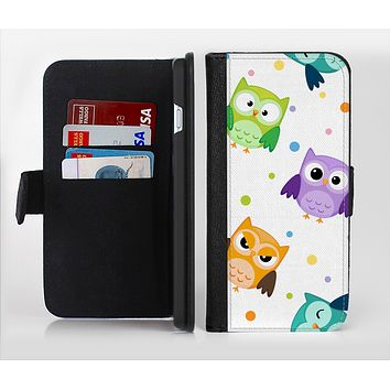The Cartoon Emotional Owls with Polkadots Ink-Fuzed Leather Folding Wallet Credit-Card Case for the Apple iPhone 6/6s, 6/6s Plus, 5/5s and 5c