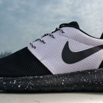 Custom Nike Roshe Run  Black white black