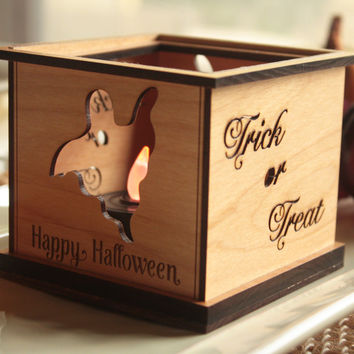 Interchangeable Tealight Holder™ - Flying Ghost Wooden Tealight Starter Set