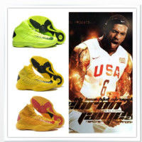 NIKE HYPERDUNK BASKETBALL SHOES 2013 from Trend Fashion Vogue